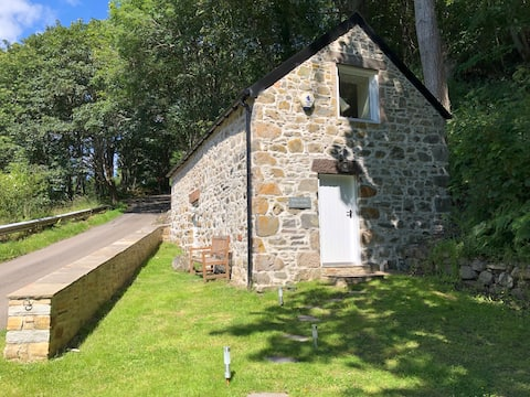 Betty's Bothy (traditional Scottish small house)
