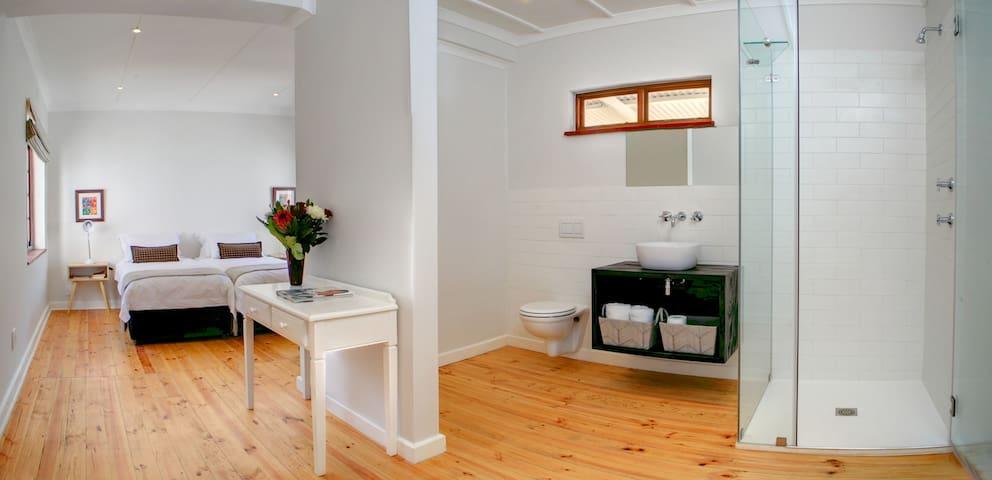 bedroom and en suite bathroom