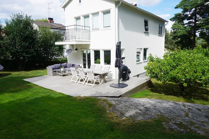 Family Friendly Villa in Bromma, 10 min from city