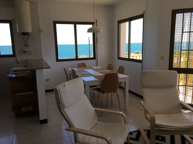 Apartamento primera línea, amplias vistas al mar - Vinaròs - Byt