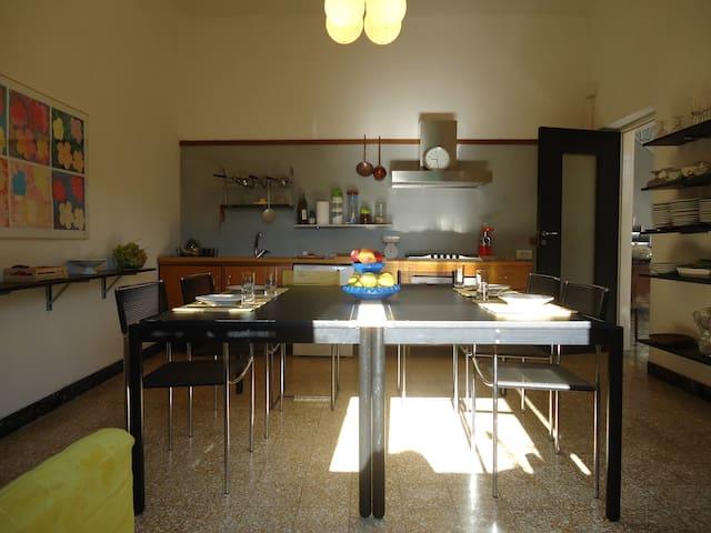 Appartamento con giardino tra mare e fiume - Ameglia