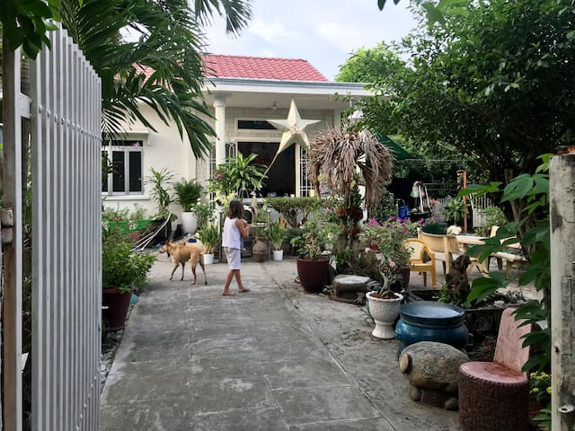 Tropical Oasis in Bung
