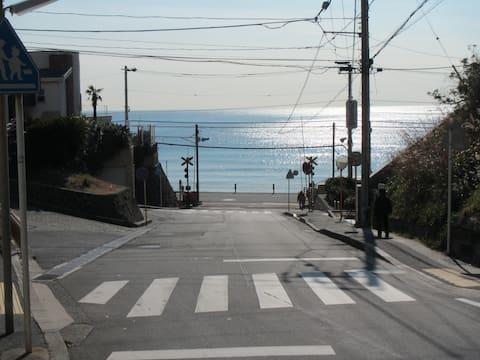 GoTo! Surf town・inn 1 [海近・観光・在宅仕事・安心で便利な貸別荘 駐車場無料]