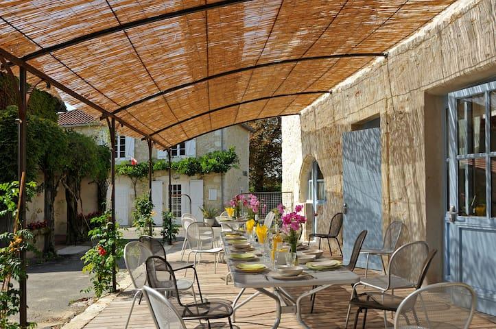 Grand Gîte de séjour - Lagraulet-du-Gers - House