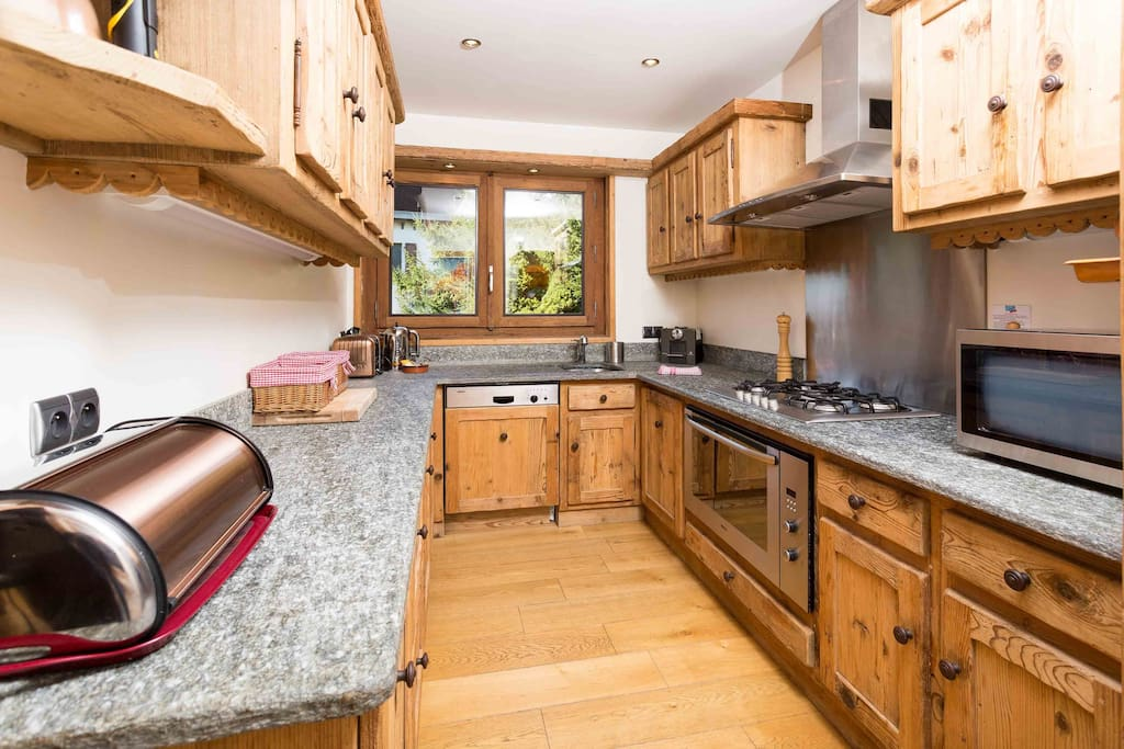 Hand crafted, well-equipped kitchen