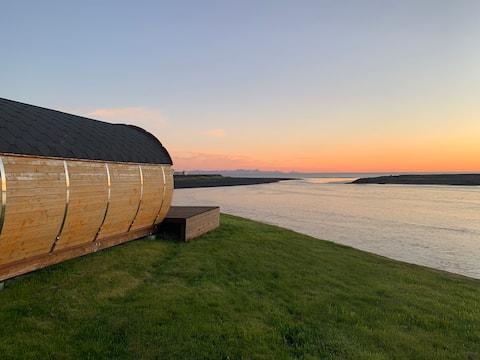 Barrel Cabin (A)