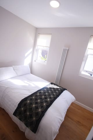 Modern room, spacious with great decor - London - Leilighet