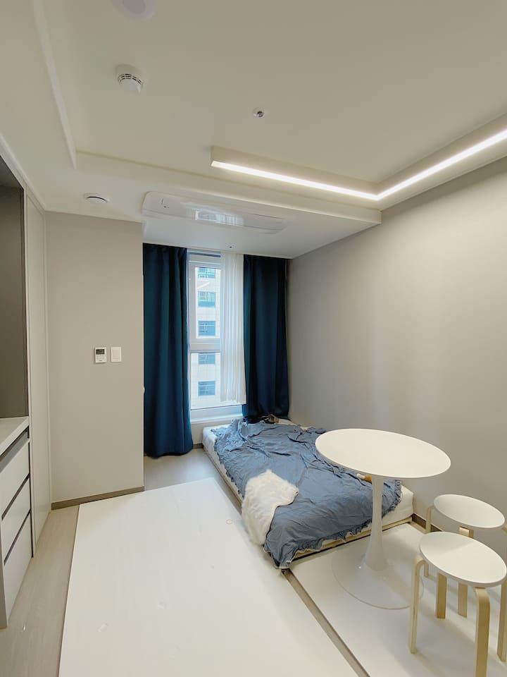 ❤️온천장역 아늑하고 예쁜방(빔프로젝터 o), Cozy Studio, 雰囲気のいい部屋❤️