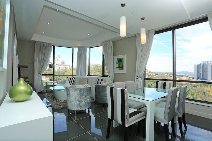 Luxury stay in the heart of Sandton