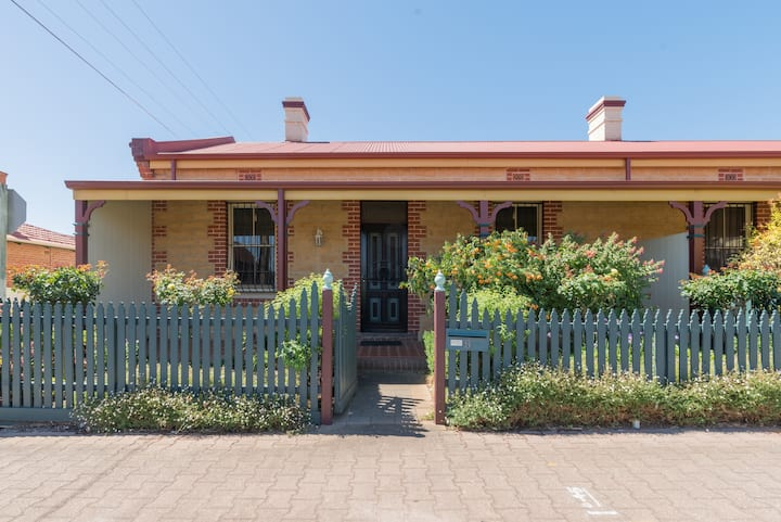 Adelaide Seaside Cottage
