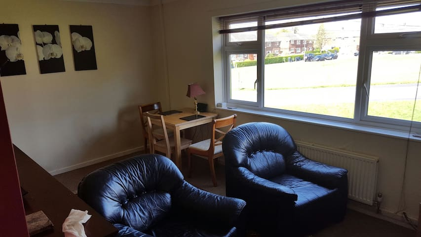2 Bed apartment - Chester