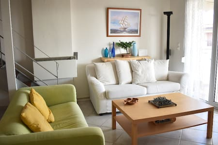 Mola Kalyva, Beautiful Apartment