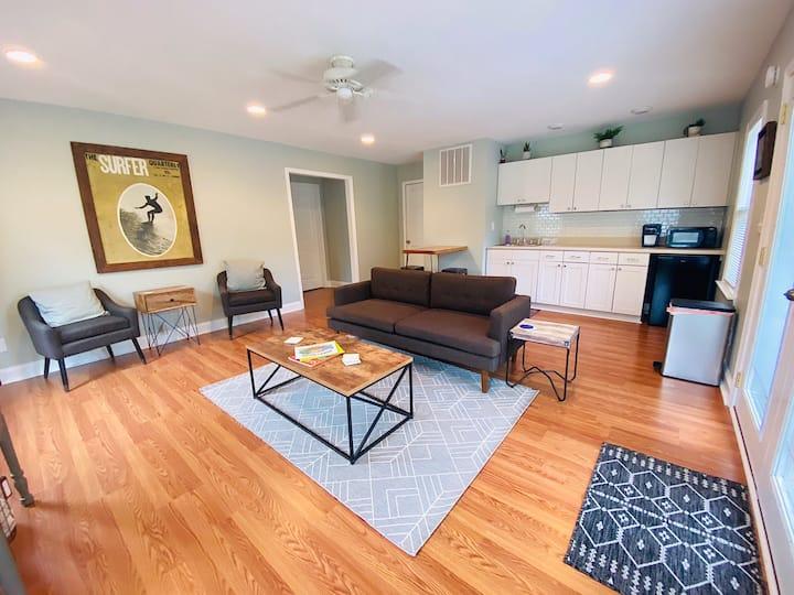 Colington Hidden Gem - Private apartment