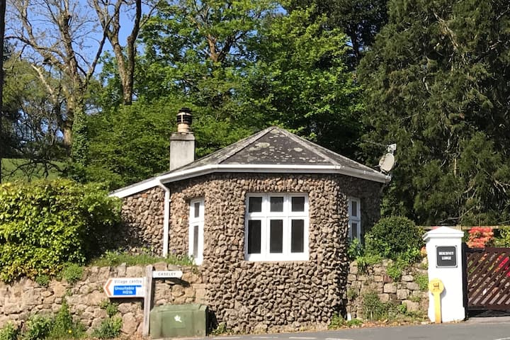 Luxury cottage in Lustleigh, Dartmoor