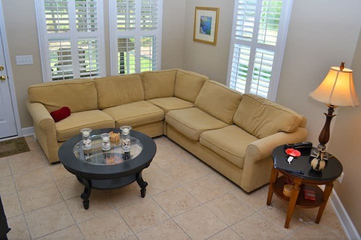 Barefoot Resort: Tanglewood 1612, 3br Townhouse