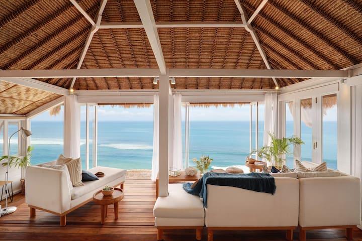 Bingin Cliff House *Beach Front Villa*
