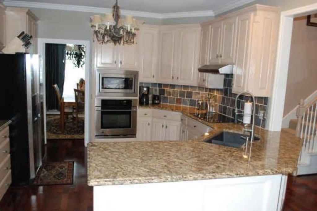 Kitchen! Touch appliances