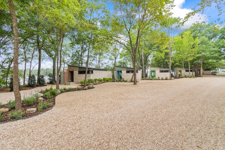 Four Modern Cottages on a Private Gated Peninsula