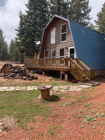 Hillside Hideaway - Nice wooded lot & 45min from Zion & Bryce Canyon, with close fishing near by in Duck Creek Villiage
