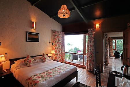 Queens Meadows Resort-Luxury Villa - Villa