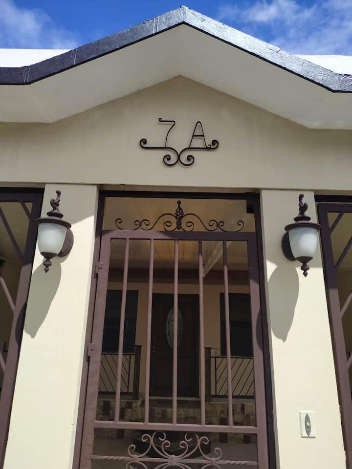 Acogedora casa en Cartago