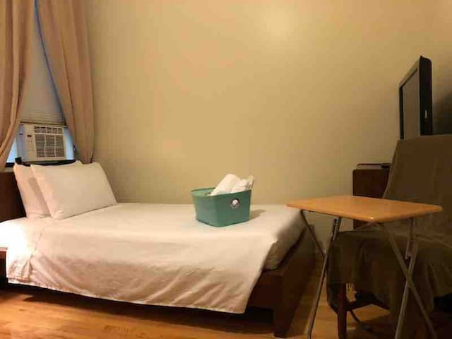 ★ Quality private room. 30m2 NYC. 10%+breakfast ★