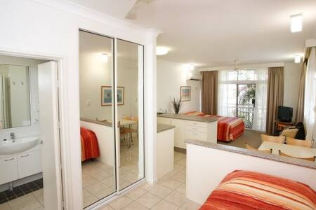 Twin Apartment Self Contained - Cairns North - 公寓