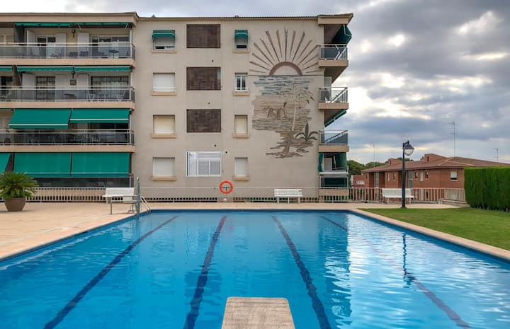 Family apartment with private garden + pool