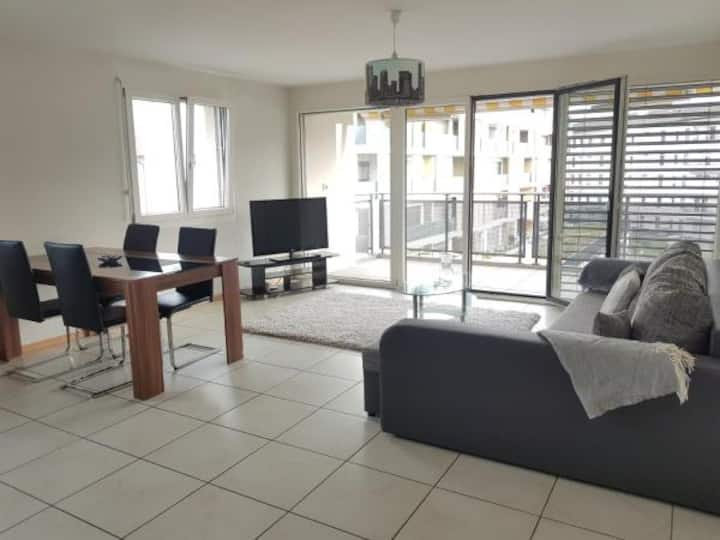 Appartement entier avec balcon