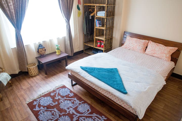 Cozy suite in walkable neighborhood - Patan - Řadový dům