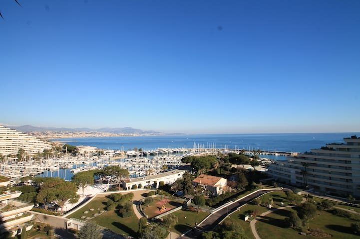 Recently refurbished appartment with amazing view - Villeneuve-Loubet - Apartment