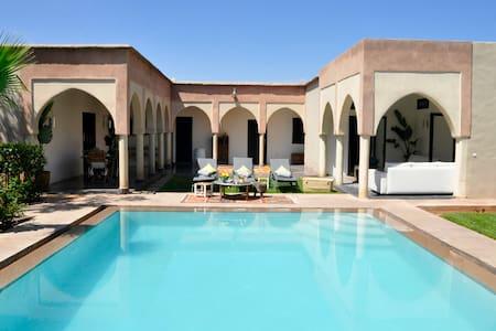"""La Villa du Douar : Suite """"Ivoire"""" - Marrakech - Bed & Breakfast"""