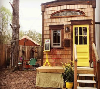 CHARLESTON TINY HOUSE ON A GOAT MICRO-FARM