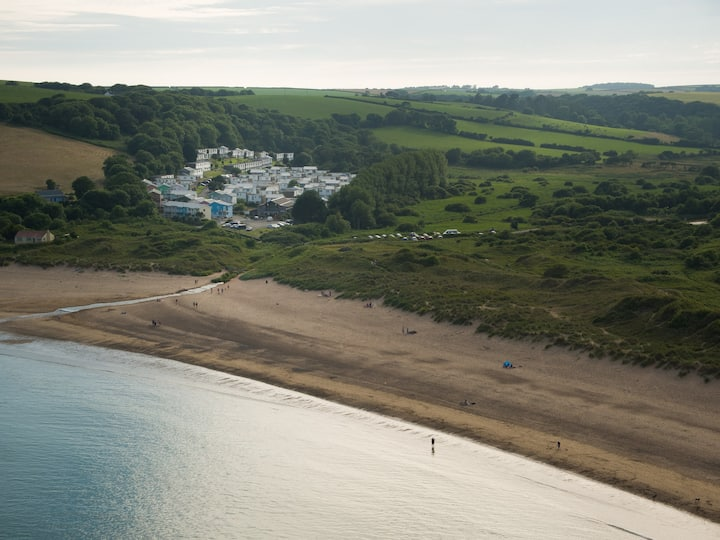 Tickled Pink at Freshwater East