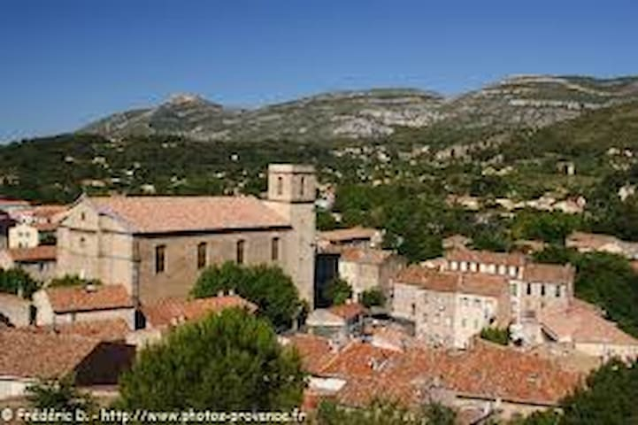 logement neuf provence - Roquevaire - Byt
