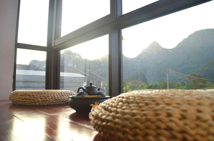 莲遇乡村民宿酒店-山景大床房 - Guilin - Casa de campo