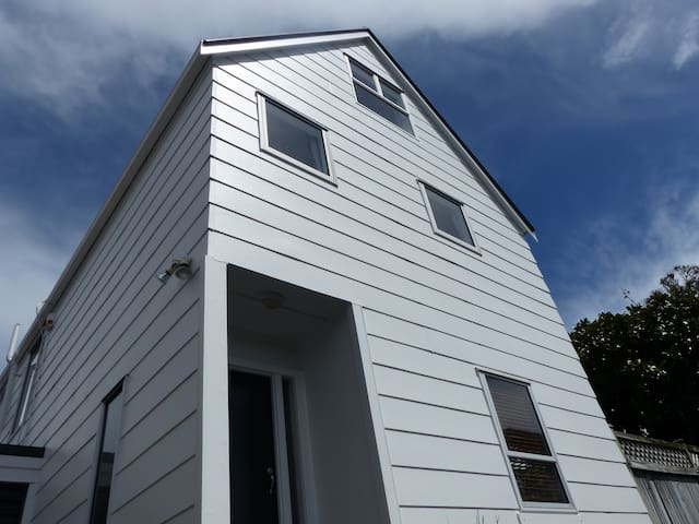 Onehunga/Royal Oak Townhouse