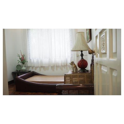 Classic Weekend House + Garden,Silang (Brand New) - Cavite - Ev