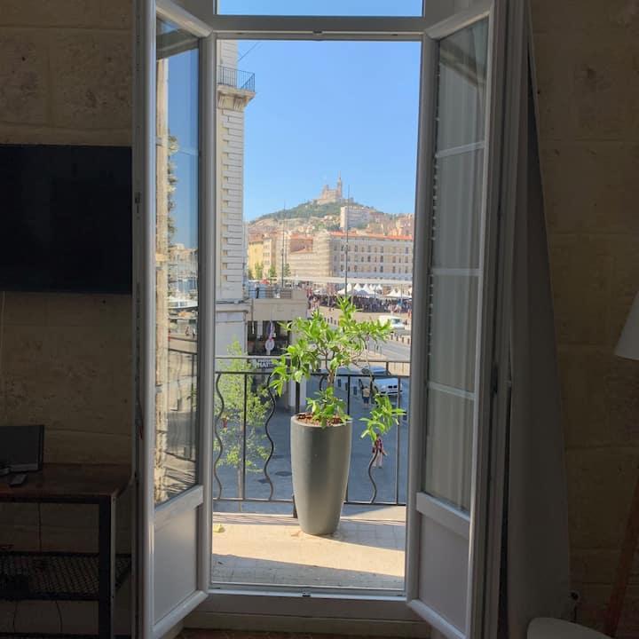 Une vue d'exception sur le Port et Notre Dame