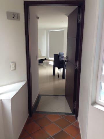 Apartamento, poblado sector fronter - Medellín - Lägenhet