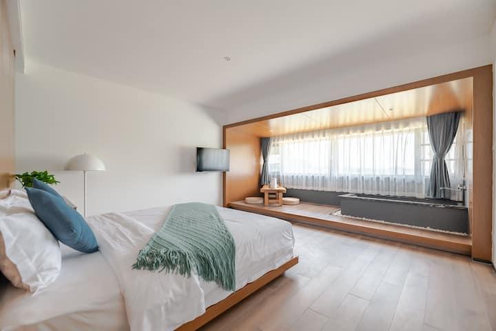 画框一般观景体验的大床房