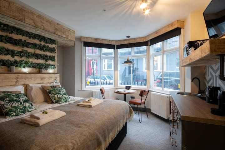 Double Room - One Broad Street - Room 4