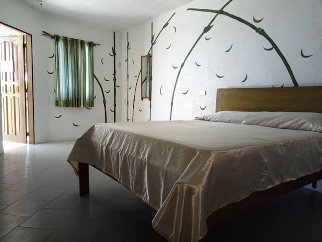 Private Beach, Swimming Pool - High End Room for Two Persons - Dalaguete, Cebu