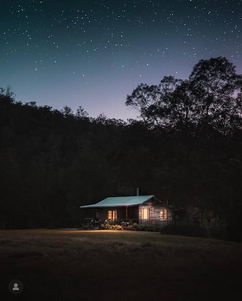 Nulla Nulla Blacksmith's forest creek wood cabin
