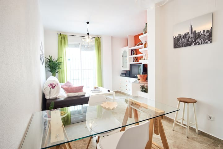 Charming apartment with parking in Seville Center