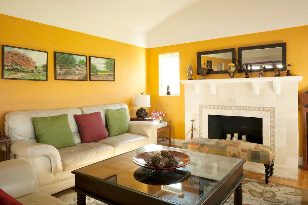 Living room that our guest can relax in or entertain guest.