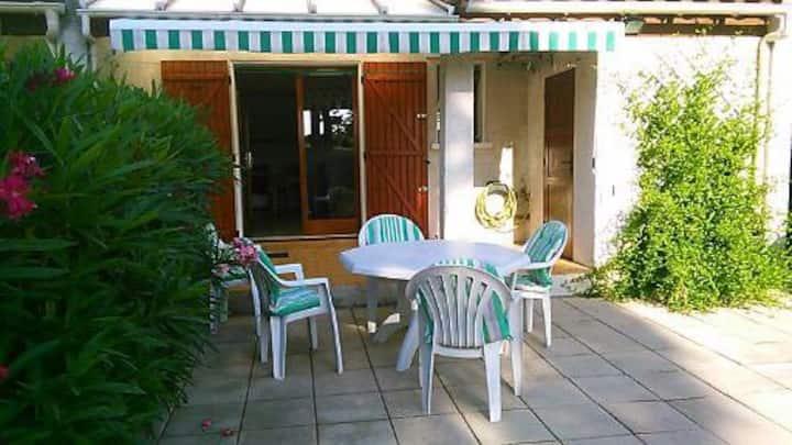 Villa  ,6 couchages St Cyprien plage 3 étoiles