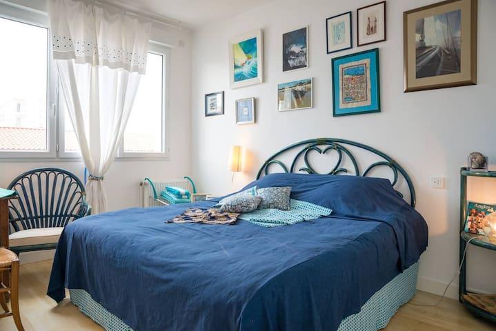 Chambre 2. Lit en 180 pouvant être séparé en 2 lits de 90