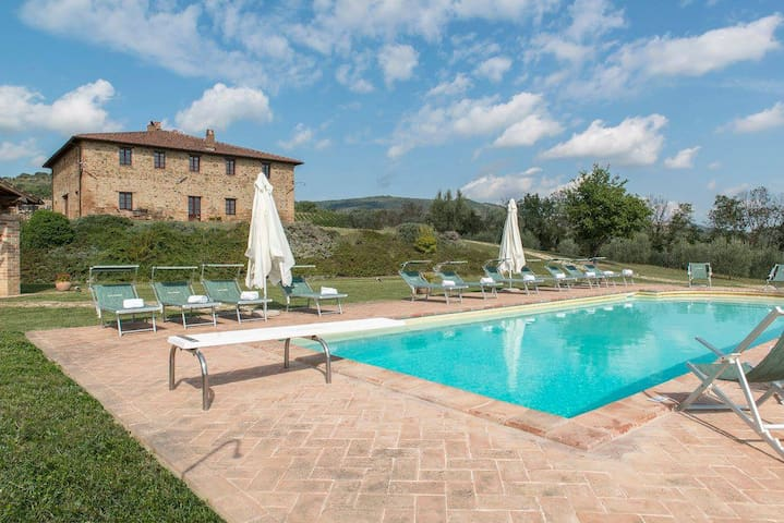 Top privacy & relax in a luxury 18th century villa