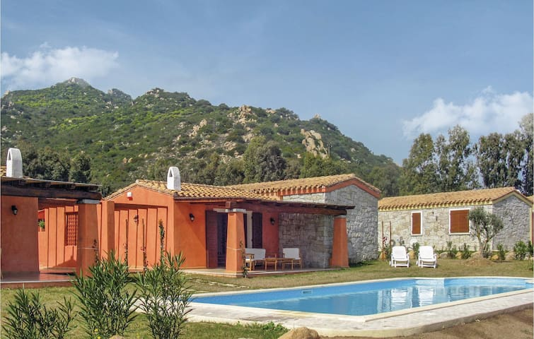 Holiday cottage with 2 bedrooms on 70m² in Costa Rei -CA-